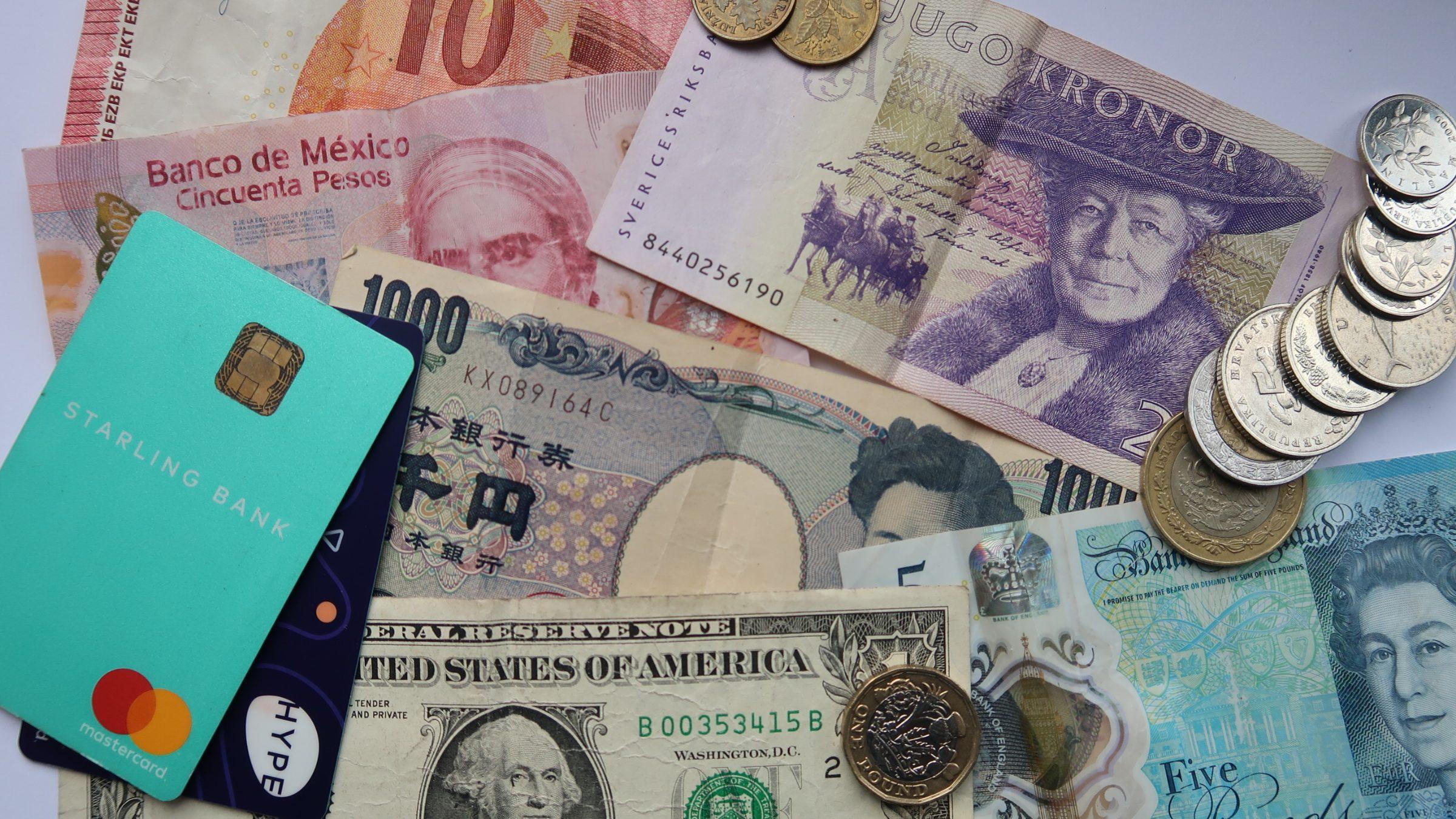 Come pagare all'estero senza perdere soldi con il cambio valuta